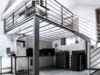 Une mezzanine dont l'installation résulte directement de l'implantation de la cuisine