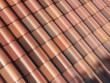 Les éléments photovoltaïques disparaissent grâce à un film coloré