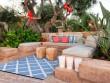 Un tapis quadrillé pour une terrasse linéaire