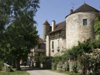 Noyers-sur-serein : une romance médiévale