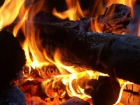 Le chauffage au bois, responsable d'émissions polluantes nocives ?