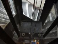 Un guide de sécurité pour prendre l'ascenseur