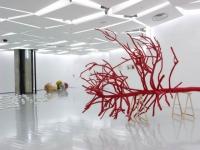 Miele invite l'art contemporain dans son show-room