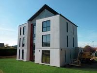 Une maison prêt-à-poser en acier
