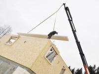 Maisons bois : le système du bois massif tourillonné