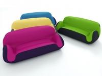 Un canapé gonflable coloré pour votre salon