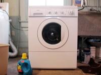 Raccorder une machine à laver