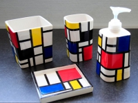 Un kit de salle de bains relooké façon Mondrian