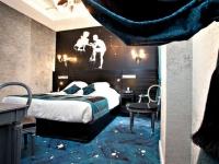 Le Champs-Elysées Mac Mahon, un hôtel qui revisite le style Empire avec audace