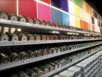 Kalico, un magasin de déco centré sur la couleur