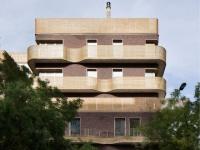 Façade en osier et potager sur le toit : des logements sociaux uniques