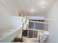 Une mini-tour de 25 m2 transformée en appartement