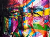 Un hommage haut en couleurs pour Oscar Niemeyer