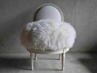 Etat de siège : des fauteuils design de la création à la finition