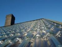 Des tuiles en verre pour capter la chaleur solaire