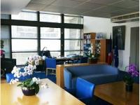 Les clichés d'un photographe pour redécorer le bureau de la ministre Fleur Pellerin