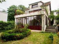 Une maison ouvrière s'offre une extension vintage et lumineuse