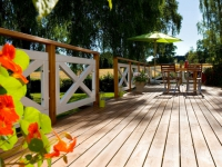 Rafraîchir sa terrasse : les dix gestes clés