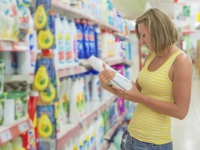 Produits d'entretien ménager : de quels composants faut-il se méfier ?
