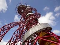 La tour Orbit des JO de Londres transformée... en toboggan !