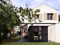 Avant/après : une maison de ville triple sa surface grâce à une extension