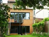 Avant/après : une maison citadine retrouve du cachet grâce à une extension en bois