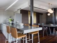 Un penthouse milanais combine les matériaux nobles avec élégance