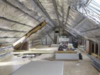 Une maison francilienne de 90m2 isole ses combles : les étapes clés
