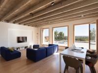 Rénovée et agrandie, une maison de 50 m2 révèle son caractère brut