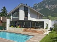 En Savoie, une reconstruction au lieu d'une démolition...