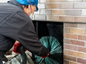 Faire ramoner sa cheminée : 8 questions pour tout