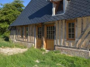 Une grange normande s'offre une rénovation chaux-chanvre
