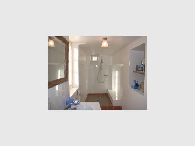 salle de bains noyers chapelle