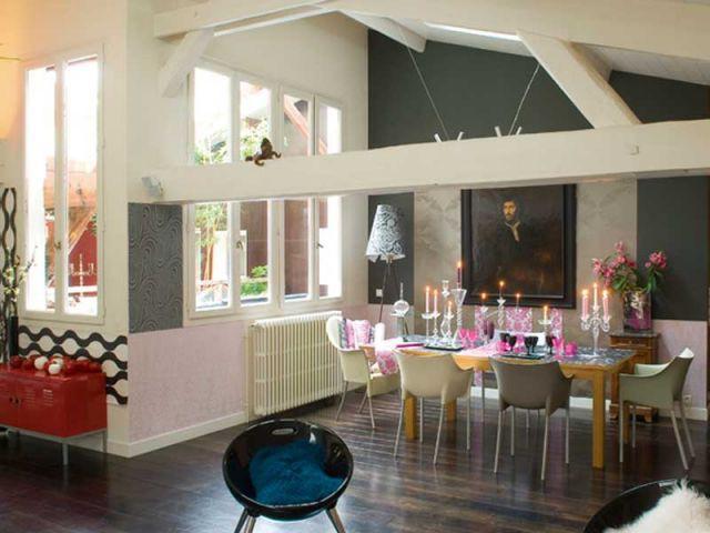 place au papier peint. Black Bedroom Furniture Sets. Home Design Ideas
