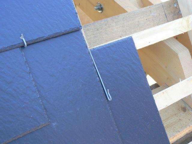 la pose d 39 une toiture en ardoises. Black Bedroom Furniture Sets. Home Design Ideas