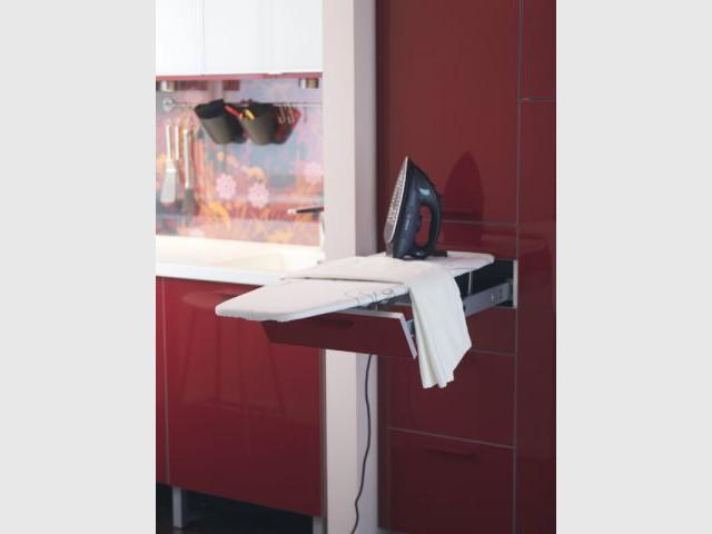 Table amovible cuisine plan de travail cuisine en rsine for Tabouret de comptoir costco