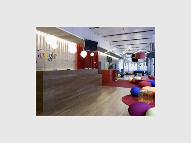 chez google travail performance et bonne ambiance. Black Bedroom Furniture Sets. Home Design Ideas