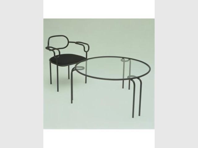 Table et sièges - Salon de Milan