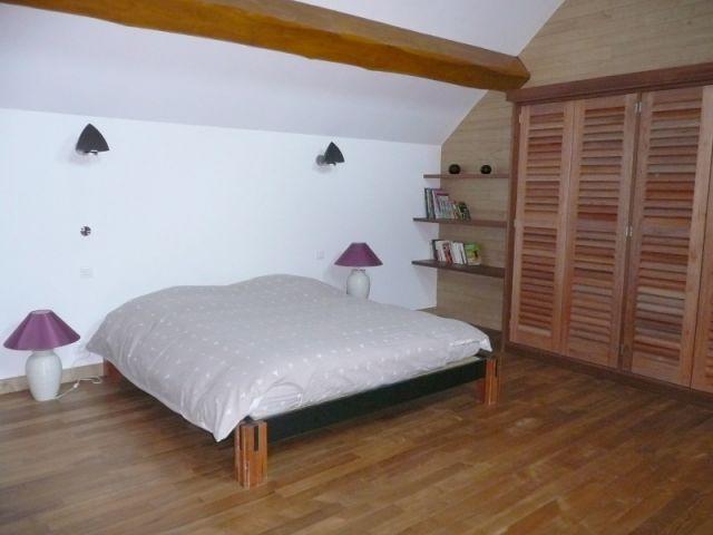 Chambre d'amis à l'étage - reportage piscine intérieure - Christelle Brosset - Provins
