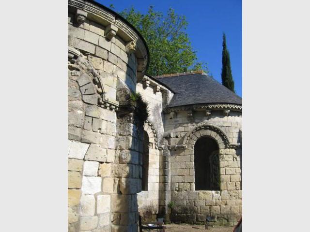 Le chevet de l'église - Prieuré de Saint-Cosme