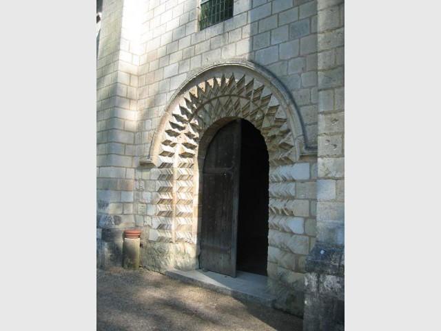 La porte du Réfectoire - Prieuré de Saint-Cosme