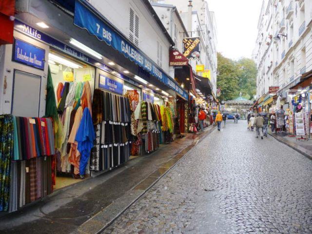 Rue de Steinkerque - Marché Saint-Pierre - reportage tissus