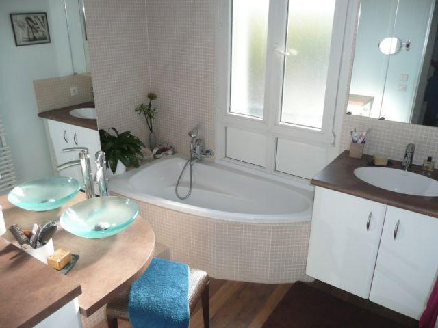 Salle de bains 9 m2 r nover for Renover une salle de bain carrelee