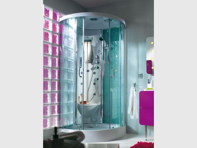 Pluie de design sur la douche for Douche cabine castorama