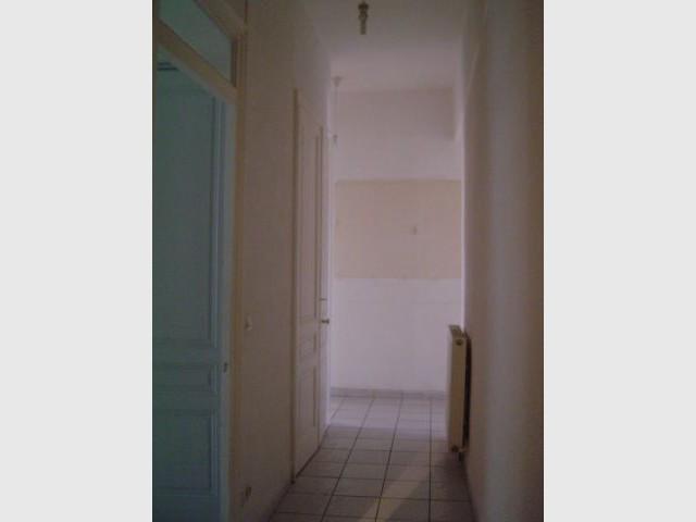 Avant apr s la r sine ligne directrice d 39 un appartement for Couloir appartement