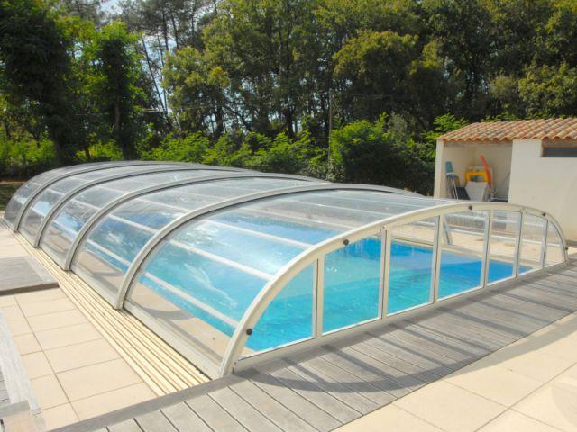 Piscine arrivage de nouveaut z for Abris piscine rideau