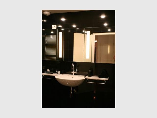 Salle de bains - Reportage appartement Emmanuel De Landtsheer