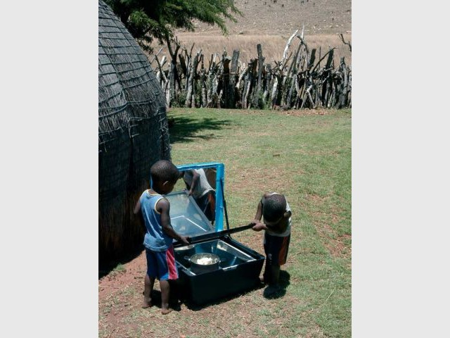 Tout savoir sur les cuiseurs solaires - Fours solaires en afrique ...
