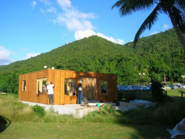 quand le bambou devient maison. Black Bedroom Furniture Sets. Home Design Ideas