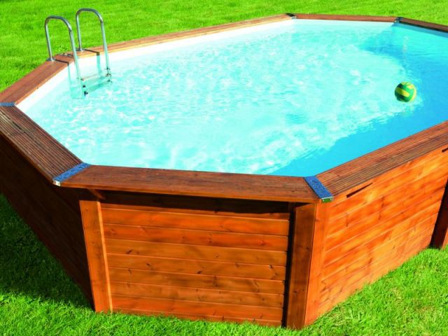 Piscines l 39 option hors sol for Piscine hors sol bois castorama